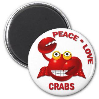 PEACE LOVE CRABS 6 CM ROUND MAGNET