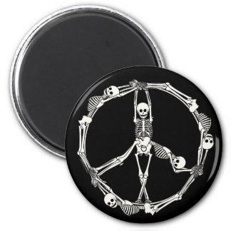 Peace Sign Skeletons 6 Cm Round Magnet