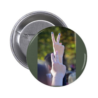Peace signs 6 cm round badge