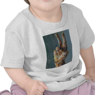 Peace symbol hand t-shirt