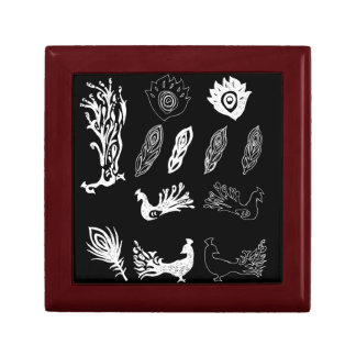 Peacock/bird feathers drawing – chalkboard look gift box