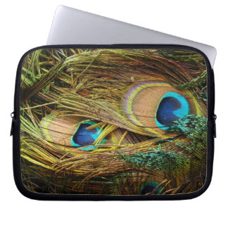 Peacock Bird Feathers Wildlife Animals Laptop Sleeve
