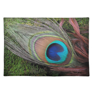 Peacock Feather/Green Moss Decor Placemat