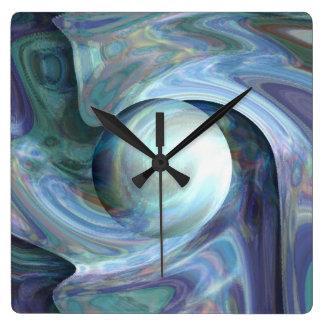 Pearl Diving Clock