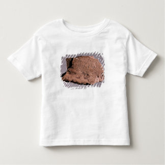 Pebble depicting a man being attacked by a bea toddler T-Shirt