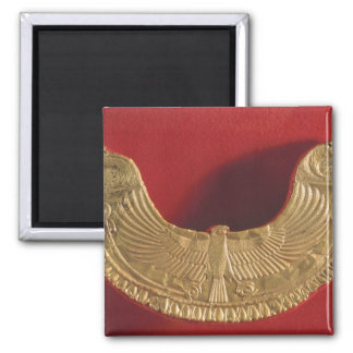 Pectoral ornament form falcon's bearing trees square magnet