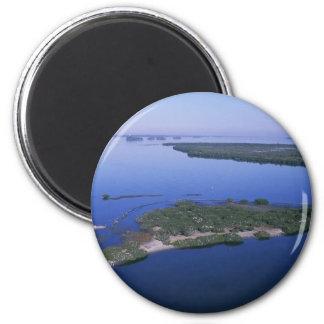 Pelican Island 6 Cm Round Magnet