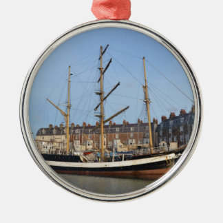 Pelican Of London Christmas Ornament