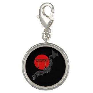 "Pendentive special round ""Japan"", melts black"