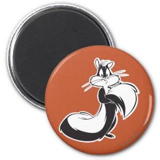 Penelope Grabbing Tail 6 Cm Round Magnet