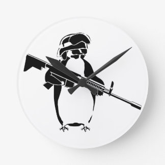 Penguin_DONE_For_Zazzle.png Round Wall Clock