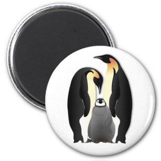 penguin family 6 cm round magnet