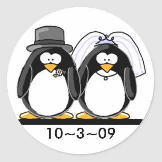 Penguins Wedding Classic Round Sticker