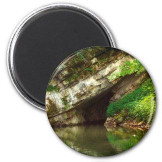 Penn's Cave 6 Cm Round Magnet