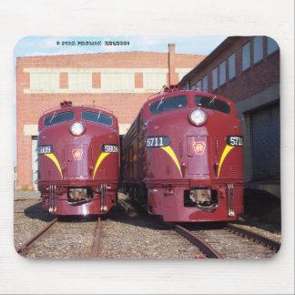 Pennsylvania Railroad E-8a,s (JTFS) 5809 and 5711 Mouse Mat