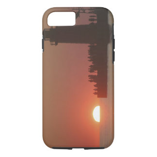 People lighthouse sunset silhouette at South iPhone 8/7 Case