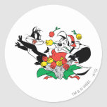 Pepe and Penelope Christmas Gift Round Stickers
