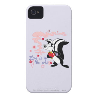 Pepe Le Pew Love is in the Air iPhone 4 Case
