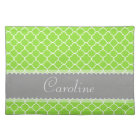 Personalizable Bright Green Quatrefoil Pattern Placemat