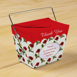 Personalize: Thank You -  Red Roses Pattern Favour Boxes