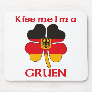 Personalized German Kiss Me I m Gruen Mouse Pads