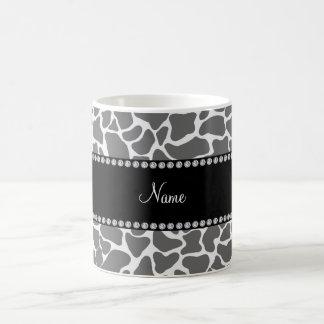 Personalized name grey giraffe pattern coffee mug