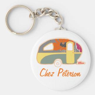 Personalized Retro Art Caravan Owner s Keychains