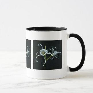 Peruvian Daffodil Mug