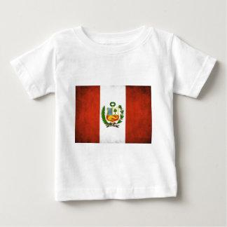 Peruvian Flag with Emblem T Shirts