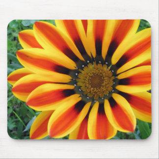 petals mouse pad