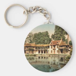 Petit Trianon Park, Maison du Seigneur, Versailles Keychains