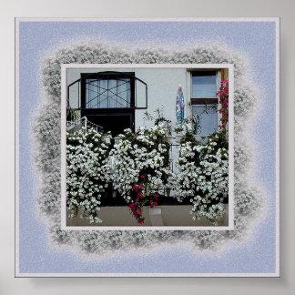 Petite Balcony Poster