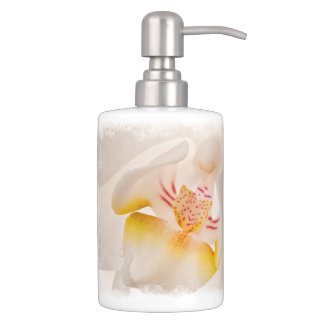 Phalaenopsis Moth Orchid Bathroom Set