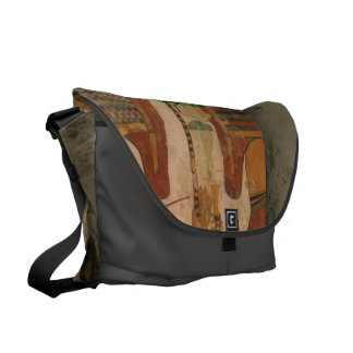 Pharao in the pyramid messenger bags