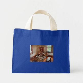 Pharmacist - Shaker Pharmacist Bags