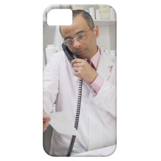 Pharmacist using a phone iPhone 5 cover