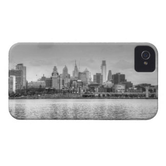 Philadelphia skyline in black and white Case-Mate iPhone 4 cases