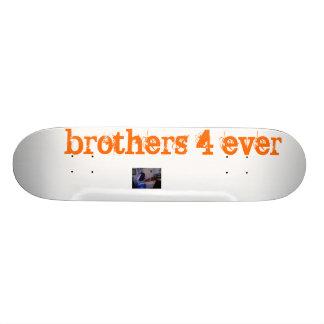 Photo 14 brothers 4 ever skate decks