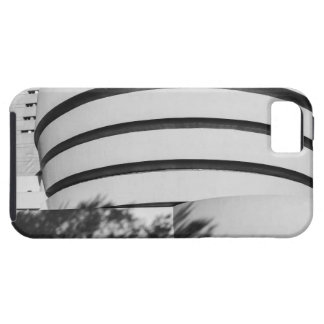 Photo of the Guggenheim Museum in New York City iPhone 5/5S Covers