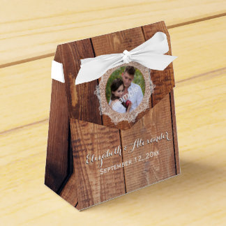 Photo Wood and Lace Favour Box