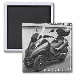 Piaggio MP3 Magnet
