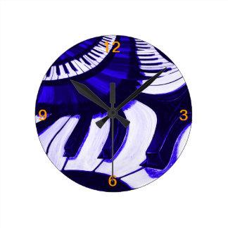 Piano Hwy Round Clock