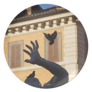 Piazza Navona Bernini fountain statue, pigeon in Plate