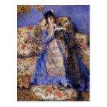 Pierre-Auguste Renoir- Camille Monet Reading