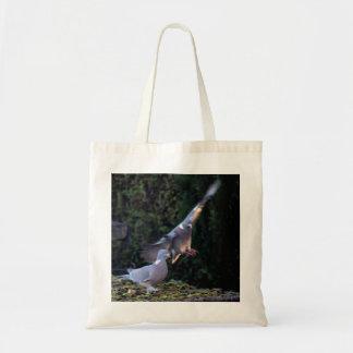 Pigeon flying tote bag