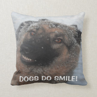 Pillow German Shepherd Smiling, Dogs Do Smile Cushions