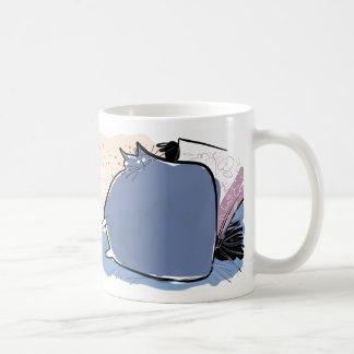 Pillow shaped violet cushion cat coffee mug