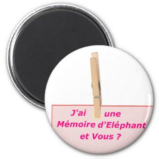 PINCE A LINGE MEMOIRE ELEPHANT 1 PNG AIMANT