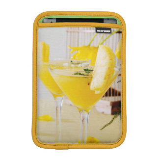 Pineapple and ginger Fresca cocktail iPad Mini Sleeve