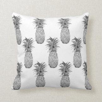 Pineapple Artwork Print Throw Pillow